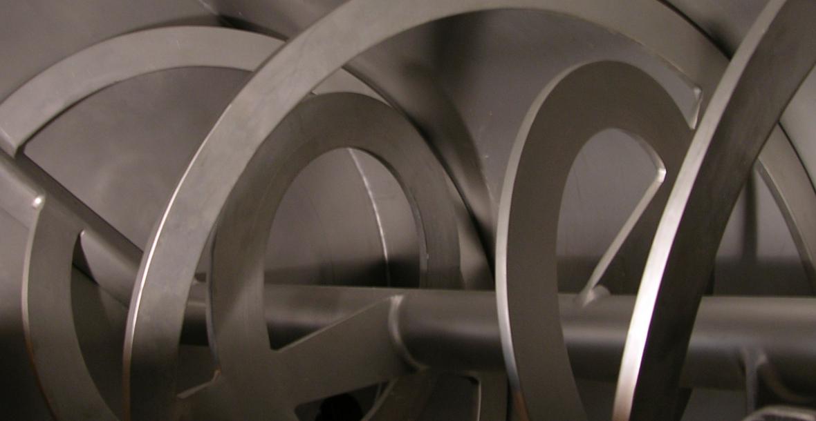 Intérieur d'un mélangeur à double ruban concentrique EGRETIER
