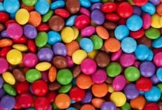 Bonbons chocolats transférés dans la vanne bi-directionnelle EGRETIER