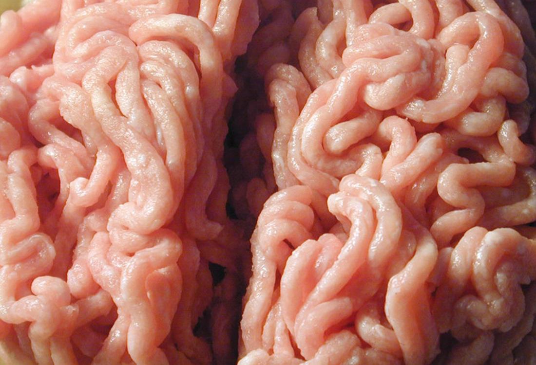 Viande hachée de porc transférée par la pompe volumétrique EGRETIER