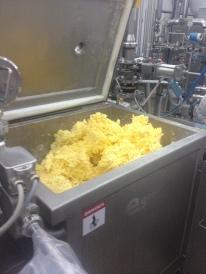 Beurre mélangé dans le mélangeur à double ruban EGRETIER